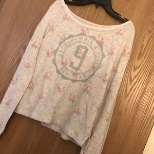Abercrombie & Fitch off the shoulder shirt